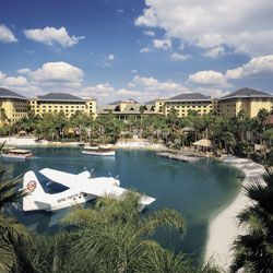Universal''s Loews Royal Pacific Resort 4